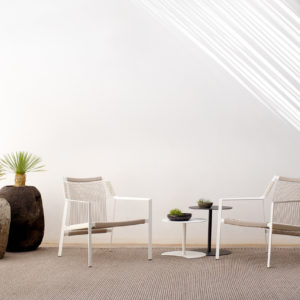 Tribù-Nodi-Easy Chair-white